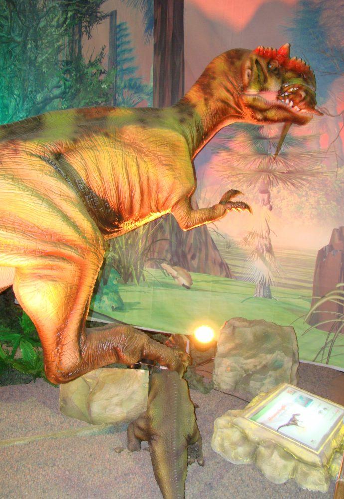 Proyecto | Exhibición Era De Los Dinosaurios